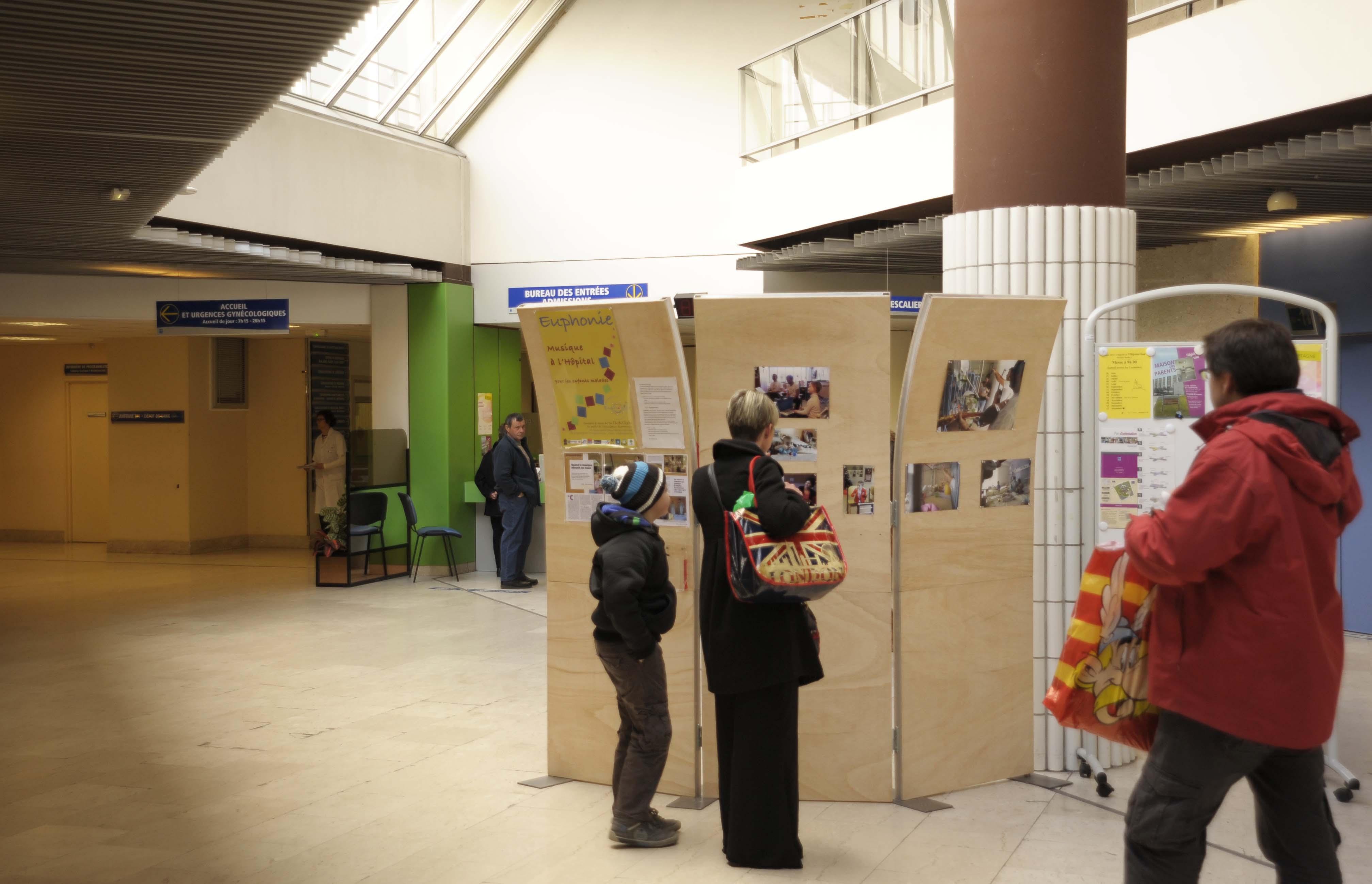 Exposition «sonore et visuelle» dans le hall de l'hôpital Sud de Rennes du 16 mars au 6 avril